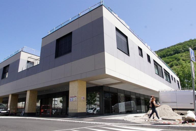 Metallik Participou na Construção de Centro Médico em França