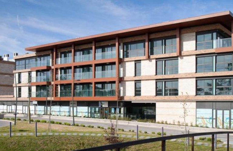 Édifice de Logements Multifamiliaux Troia Resort