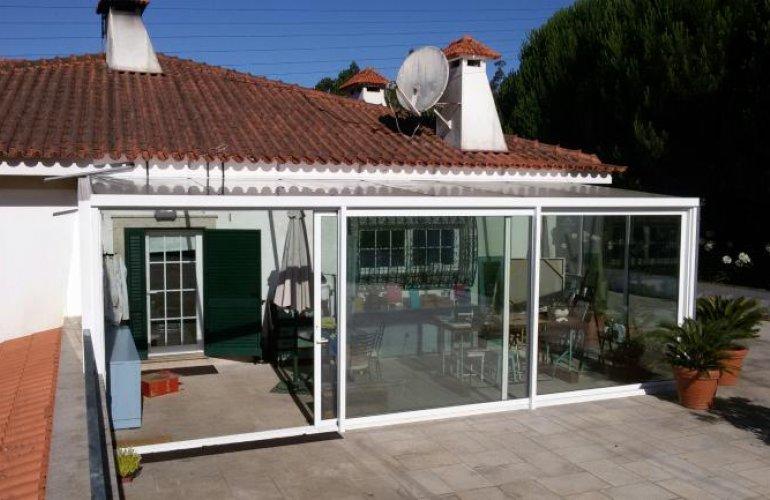 Maison Unifamiliale avec Jardin d'hiver (S.M.Feira)