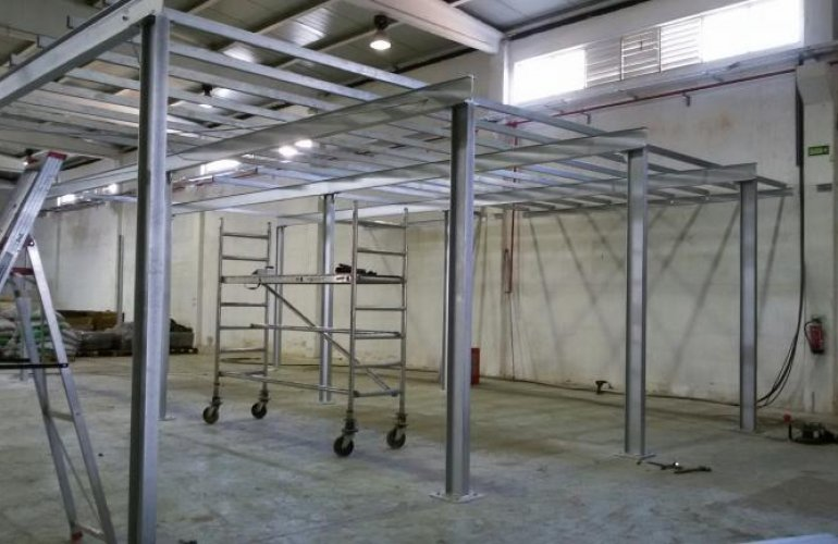 Industrial Pavilion (Canelas)
